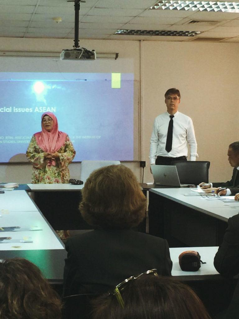 IAS Director Jetin Receives Thai Delegation